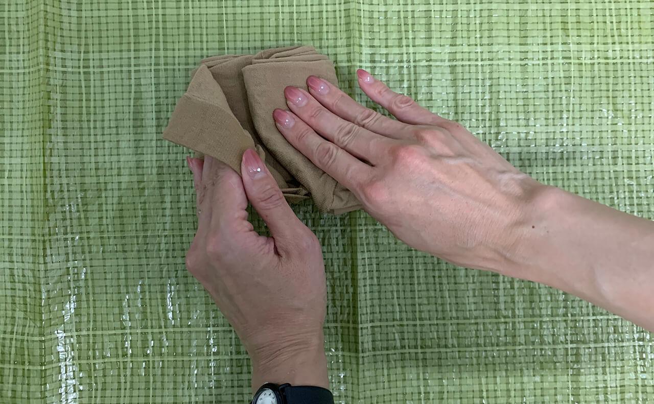 ストッキングの畳み方3
