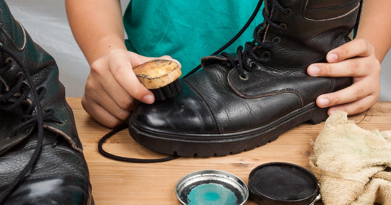 ブーツ保管前の手入れ方法