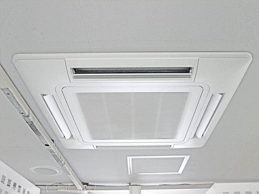 「キーピット南与野」トランクルームの空調設備