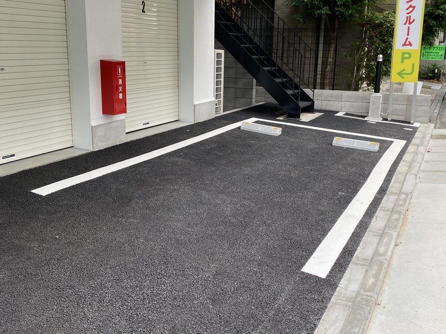 キーピット東名川崎の駐車場.JPG