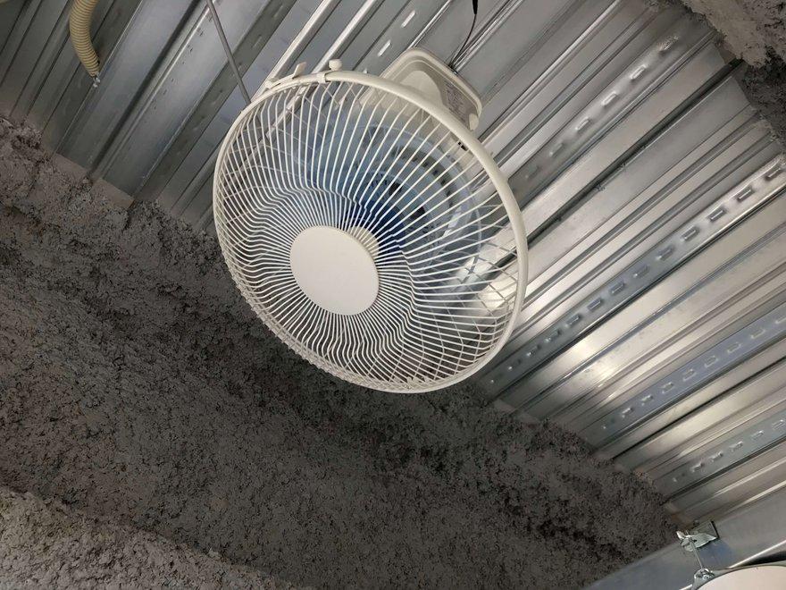 キーピット東雪谷の扇風機.jpg